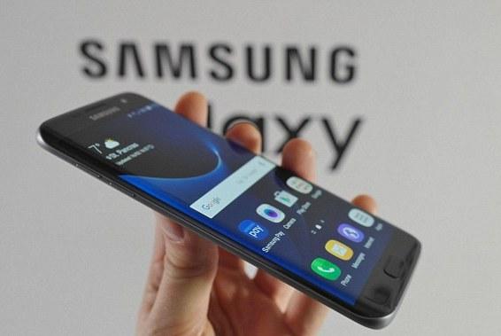 Samsung lancia Galaxy S7 e Galaxy S7 Edge, molte le sorprese