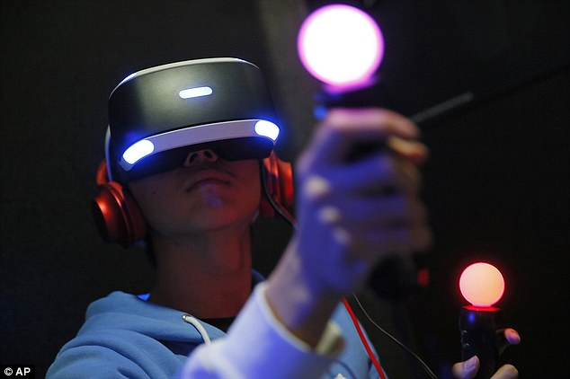 Play Station, arriva l'auricolare VR della Sony