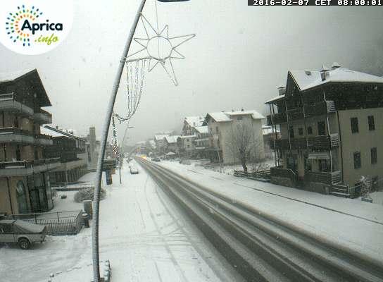 Neve Alpi, cadrà copiosa per tutta la giornata