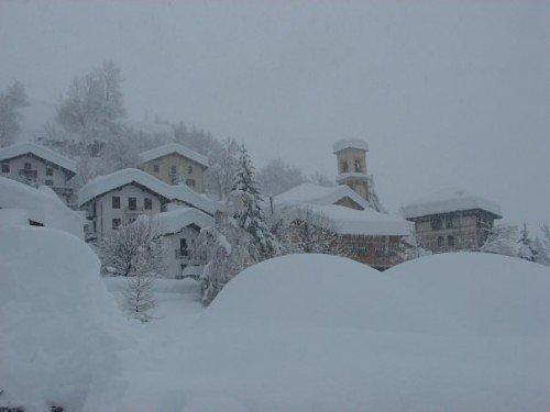 Neve Alpi, previsti accumuli fino a 100 cm in 24 ore
