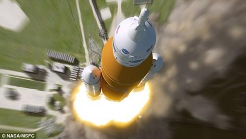 NASA, ecco il razzo che porterà gli astronauti su Marte