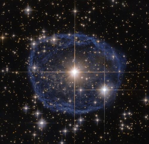 Hubble, fotografata la meravigliosa stella di Wolf-Rayet