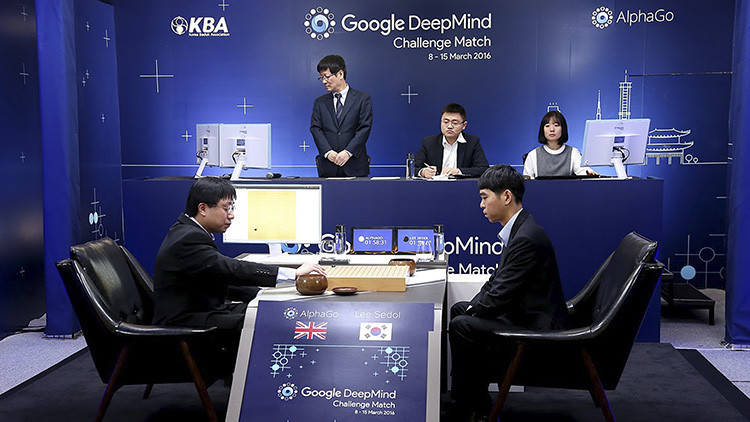 AlphaGo, l'intelligenza artificiale sconfigge il campione coreano
