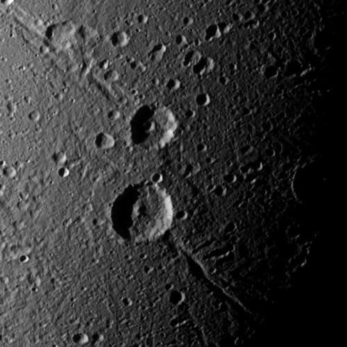 Italo e Caieta, la foto dei due crateri di Dione