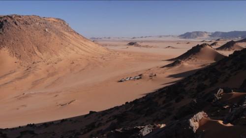 Archeologia, scoperte misteriose impronte in una grotta egiziana