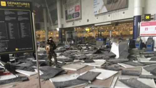 Attentato Bruxelles, esplosioni all'aeroporto ed alla fermata metro Malebeek
