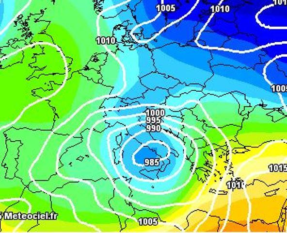Maltempo Italia: perturbazione in arrivo, attesi nubifragi e neve in quota