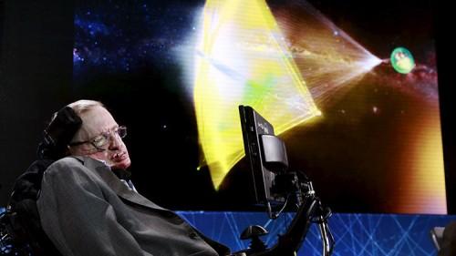 Pianeta Nove, Stephen Hawking: 'minacce per la Terra sono altre'