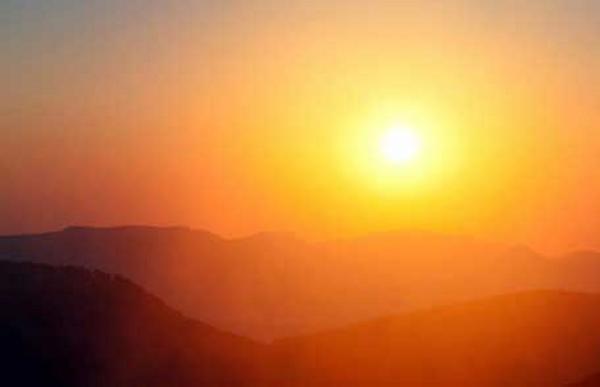 Caldo anomalo al Centro Sud, nei prossimi giorni ancora clima estivo