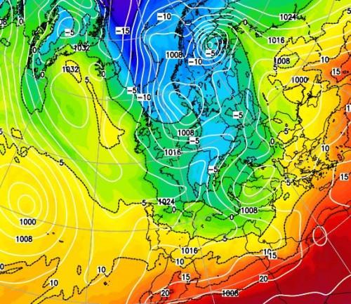 Freddo e maltempo in arrivo, crollo termico, gelate e neve a bassa quota