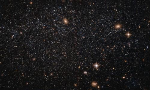 NASA: il telescopio Hubble cattura un'immagine della galassia bocca di Leone A