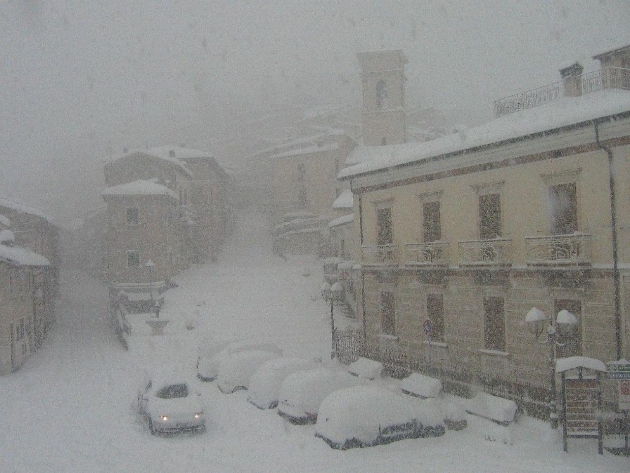 Neve Alpi e Appennino, previsti discreti accumuli tra domenica 24 e lunedì 25 Aprile