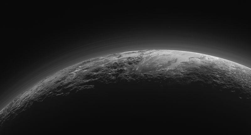 Plutone: avvistate strane variazioni dell'atmosfera
