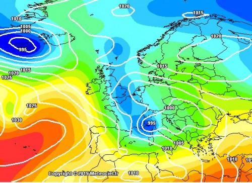 Tendenza meteo: dopo il caldo serie di impulsi freddi verso l'Italia