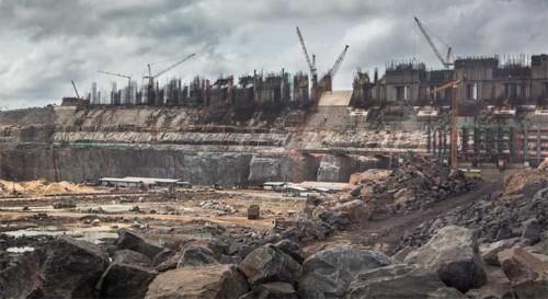 Amazzonia: quaranta dighe sommergeranno 400 chilometri di foresta
