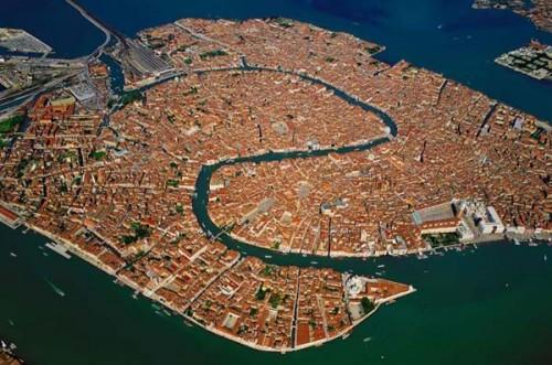 Venezia: rilevato sprofondamento della laguna e del delta del Po
