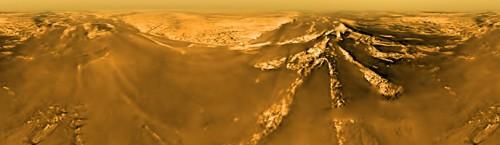 Titano: il satellite di Saturno che potrebbe ospitare la vita