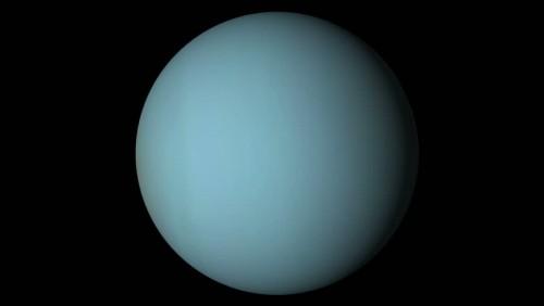 Urano: il pianeta dove l'estate dura 42 anni