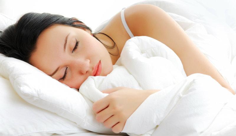 Sonno: ecco quante ore bisogna dormire secondo gli esperti