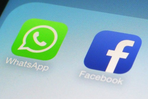 WhatsApp, come evitare la condivisione dei dati con Facebook
