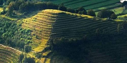 Piramidi a gradoni anche in Italia: il mistero di Montevecchia