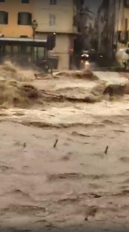 Alluvione Liguria, situazione drammatica a Garassio