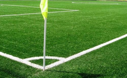 Campi da calcio sintetici: ecco perché sono pericolosi