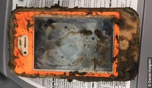 iPhone cade in acqua, ritrovato funzionante dopo un anno