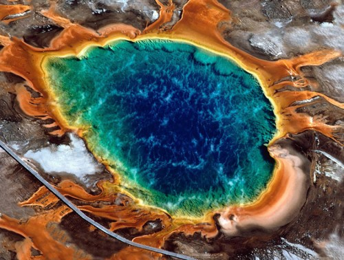 Disintegrato nelle acque acide, tragedia a Yellowstone