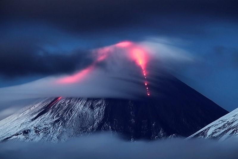 Siberia: erutta uno dei vulcani più alti al mondo, il Klyuchevskaya Sopka