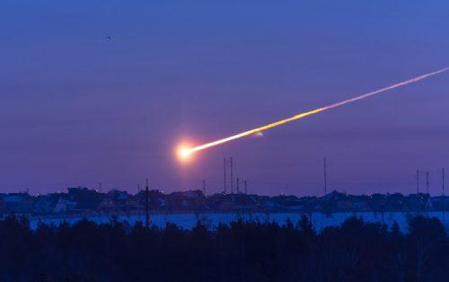 Russia, enorme bolide luminoso avvistato in Siberia