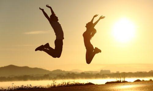 Divertirsi allunga la vita? La risposta degli esperti inglesi