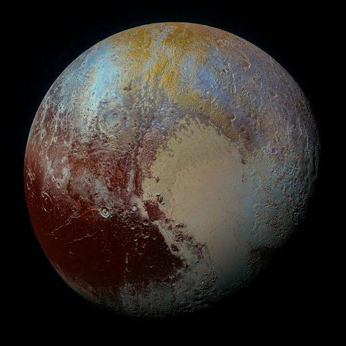 Plutone: vita extraterrestre nell'oceano sotterraneo?