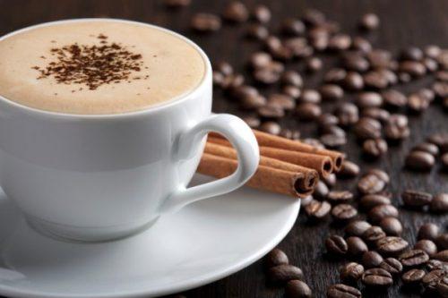 Caffè: ne beviamo troppo? Ecco i segnali del corpo da non sottovalutare
