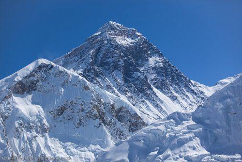 Everest più basso per il terremoto in Nepal: le rilevazioni satellitari