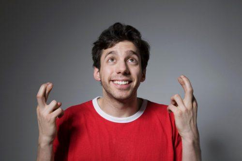 Scaramanzia: ecco perché incrociare le dita porta fortuna