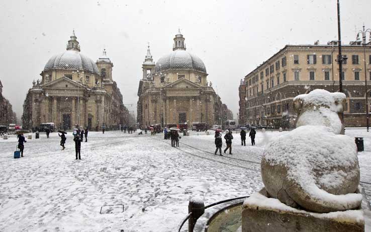 Neve Roma, domani possibili sfondamenti da Est