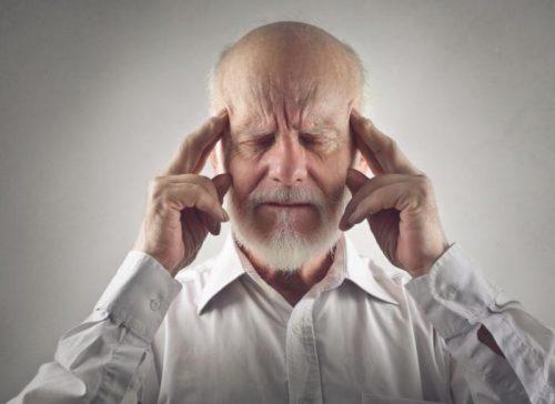 Morbo di Alzheimer: i primi segnali nel linguaggio