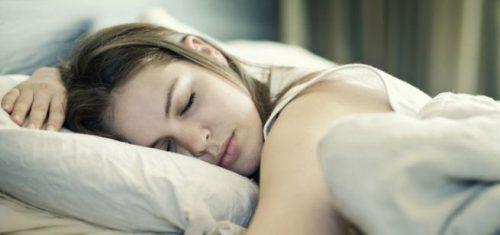 Dormire troppo è sintomo di malattie neurodegenerative, la ricerca
