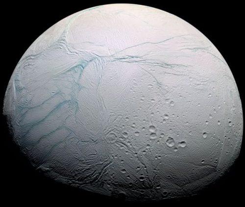 NASA: su Encelado condizioni favorevoli alla vita extraterrestre