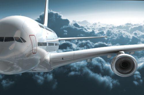 I cambiamenti climatici aumenteranno le turbolenze per gli aerei: la ricerca