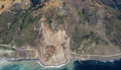 California: enorme frana sulla Highway 1, cancellato un tratto della celebre strada