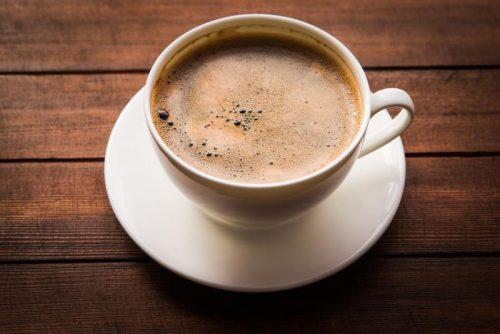 Abuso di caffeina, giovane muore dopo tre energy drink