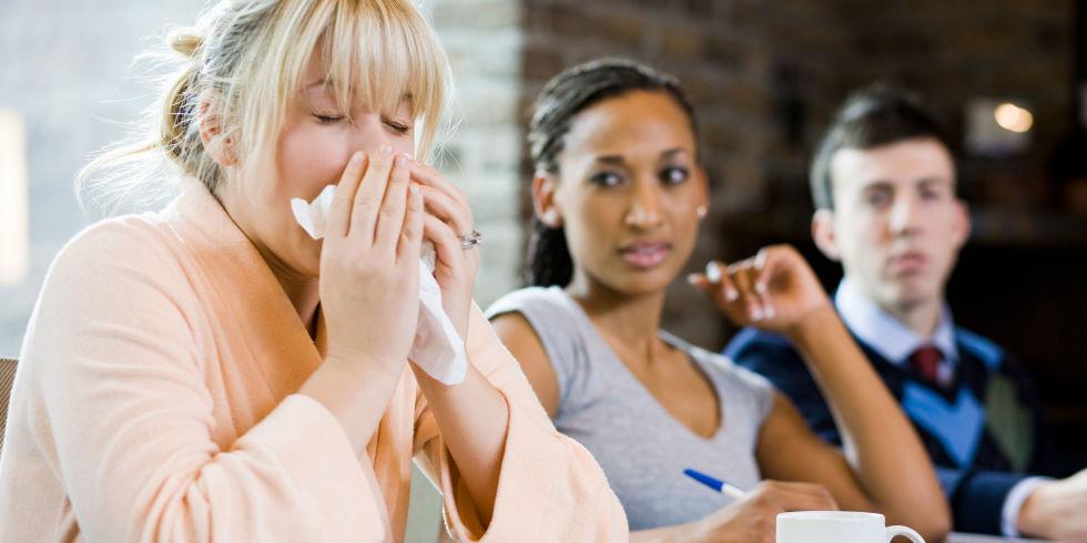 Salute: le persone malate appaiono brutte e 'puzzolenti'