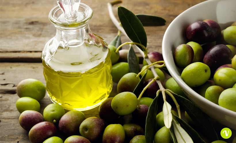 Olio di oliva, i migliori in Italia: in Puglia e Cilento ottime produzioni