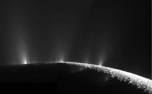 Encelado: ecco come si cercherà la vita sul satellite di Saturno