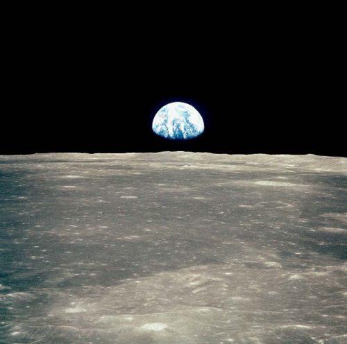 Luna, la bizzarra atmosfera che avvolgeva il satellite