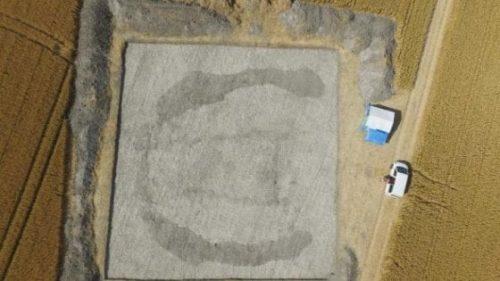"""Stonehenge: scoperta la """"casa dei morti"""", una misteriosa struttura sotterranea"""