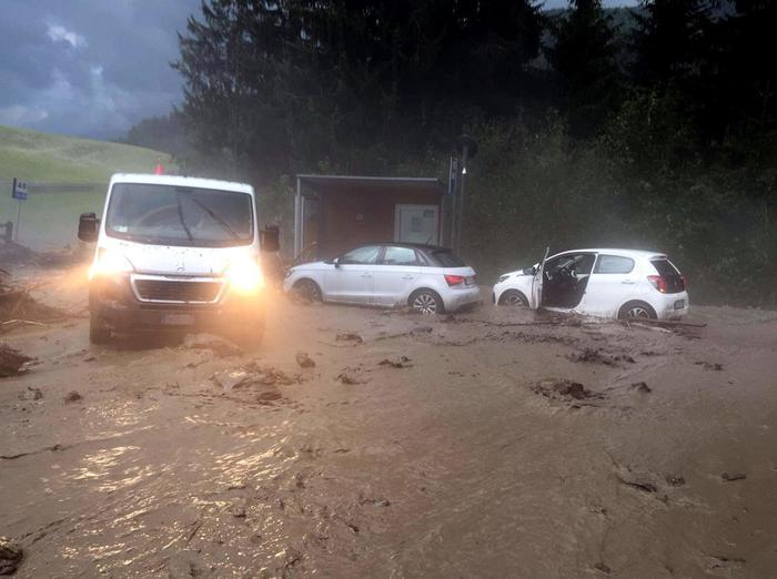 Maltempo al nord: due morti, frane e disagi in Friuli ed Alto Adige