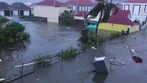 Uragano Irma, categoria 5: almeno 8 morti, devastazione a Saint-Martin e Barbuda